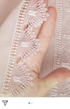 Needle Tatting, Needle Lace, Hand Embroidery, Projects To Try, Jewelry, Linen Tablecloth, Knitting And Crocheting, Tricot, Chop Saw