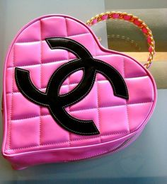 Items similar to CHANEL Quilted Heart Handbag Rare Claudia Schiffer Pink Patent Leather Coco Chanel Chic Couture on Etsy Pink Love, Pretty In Pink, Pink And Green, Hot Pink, Bodak Yellow, I Believe In Pink, Chanel Couture, Glamour, Everything Pink