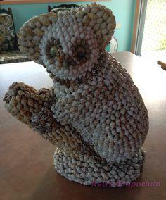 Vintage Australia Shell Art Koala Bear Statue (0113e)