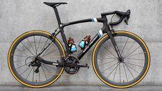 Bike Cargo Trailer, Cargo Trailers, Canyon Bike, Giant Tcr, France Team, Pirelli Tires, Pro Bike, Bike Brands, Road Bike Women