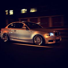 E82 123d MSPORT coupe stance modified bmw Dream Cars, 135i Coupe, E60 Bmw, Bmw 1 Series, Bmw Cars, Car Manufacturers, Toys For Boys, Cars And Motorcycles, Cool Photos