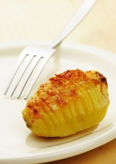Creative Side Dish: Hasselback Potatoes - 12 Tomatoes