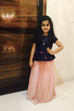 order contact my whatsapp number 7874133176 Kids Dress Wear, Kids Gown, Party Wear Dresses, Kids Wear, Frocks For Girls, Dresses Kids Girl, Kids Outfits, Baby Dresses, Frock Patterns