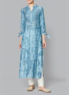 Shop Anita Dongre Powder blue muslin kurta , Exclusive Indian Designer Latest Collections Available at Aza Fashions Salwar Designs, Blouse Designs, Indian Wedding Outfits, Indian Outfits, Pakistani Dresses, Indian Dresses, Ethnic Fashion, Indian Fashion, Hippy Chic