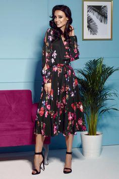 5b79425730 Midi Sukienka z Kopertowym Dekoltem Czarna w Kwiaty LEL302