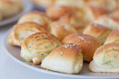 Mňam, výborné sú :) V piatok Hamburger, Bread, Food, Basket, Brot, Essen, Baking, Burgers, Meals