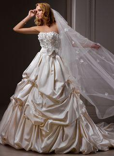 Wedding Story [wedding   love   decor   dress   white   flowers   sweet   kiss   cake   bouquet   flavour   bride]
