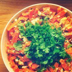 Marokkolainen porkkana-fetasalaatti