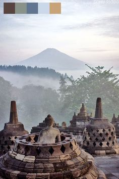 A Breath-taking Experience dawn at Borobudur Temple in Yogyakarta, Java, Indonesia Places Around The World, Travel Around The World, Around The Worlds, Laos, Vietnam, Kuala Lumpur, Wonderful Places, Beautiful Places, Places To Travel