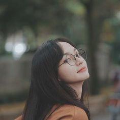 Girl Photo Poses, Girl Photography Poses, Girl Photos, Ulzzang Korean Girl, Cute Korean Girl, Ullzang Girls, Cute Girls, Girl Korea, Asia Girl