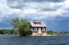 Ai confini tra Stati Uniti e Canada : #Thousand #Islands ,un arcipelago di 1864 isole private per ogni abitante / www.cocoontravel.uk