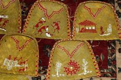 Warli painted trays - unique and gorgeous for a traditional South Indian wedding