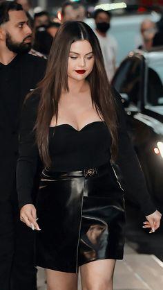 Selena Gomez, Goth, Style, Fashion, Gothic, Swag, Moda, Fashion Styles, Goth Subculture