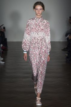 Mother of Pearl Spring 2016 Ready-to-Wear Collection Photos - Vogue