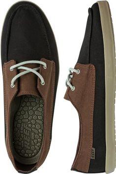 REEF DECKHAND LOW SHOE. http://www.swell.com/footwear-new-arrivals