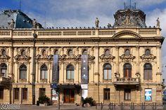 P h o t o g e o g r a p h y: Poznański Palace in Łódź - impressive 19th-century manufacturer's residence