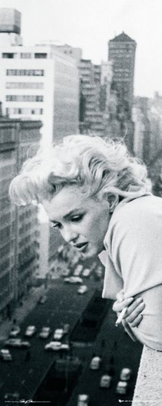 Marilyn Monroe Balcony Photographic Print