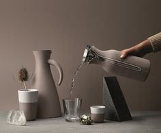 Warm grey by Eva Solo Warm Grey, V60 Coffee, Danish Design, Kitchenware, Home Accessories, Latte, Kitchen Appliances, Kitchens, Cookware