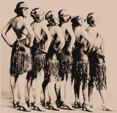 Free Vintage Clip Art – Ballerinas & Showgirls