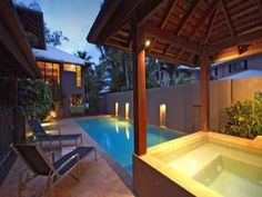 Geometric pool design using slate with cabana & ground lighting - Pool photo 1437758