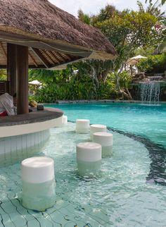 What did we fit into 3 days of all-inclusive fun and food in the heart of Nusa Dua, Bali? Hint: it has nothing to do with the sneaky clock at the pool bar - you have to see this photo! Pool Bar, Cool Swimming Pools, Cool Pools, Bali Nusa Dua, Parc A Theme, Luxury Pools, Next Holiday, Bali Travel, Future Travel