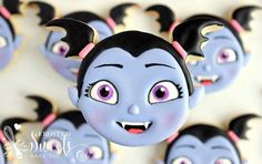 🎵Whoa oh oh, Vampirina A ghoulish girl in a human world Whoa oh oh, Vampirina It may seem strange but it's true, I'm just like you🎶… 3rd Birthday Cakes, Kids Birthday Themes, Birthday Favors, Birthday Cookies, 4th Birthday Parties, Baby Birthday, Birthday Party Decorations, Holidays With Kids, Cookie Decorating