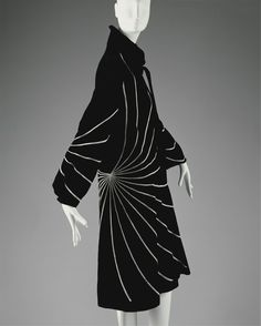 1927 Lanvin - This is such a spectacular coat. It would work perfectly as a dress as well as a coat.