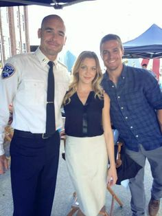Arrow | Paul Blackthorne (Quentin Lance), Katie Cassidy (Laurel) and Stephen Amell (Oliver/Arrow)