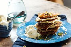 Kijk wat een lekker recept ik heb gevonden op Allerhande! Boekweitpannenkoekjes met appel en pistachenoten Breakfast Waffles, Pancakes, Gluten Free Recipes, Sugar Free, Foodies, Lunch, Bread, Snacks, Healthy