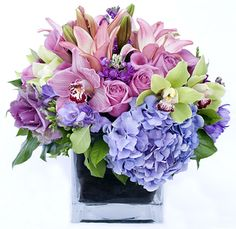 Deep Roots Floral Design Vintage and Traditional Gallery