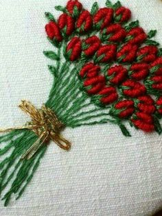 Wonderful Ribbon Embroidery Flowers by Hand Ideas. Enchanting Ribbon Embroidery Flowers by Hand Ideas. Brazilian Embroidery Stitches, Types Of Embroidery, Learn Embroidery, Hand Embroidery Stitches, Hand Embroidery Designs, Vintage Embroidery, Embroidery Thread, Machine Embroidery, Embroidery Ideas