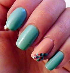 Are you a beginner to the world of nail art and designs and need some ideas and help? We've got a great selection of simple nail art designs for beginners Peach Nails, Pastel Nails, Green Nails, Dot Nail Art, Nail Art Diy, Easy Nail Art, Classy Nails, Cute Nails, Pretty Nails