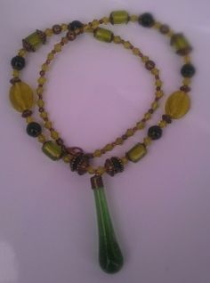 Green peace Handmade Necklaces, Beaded Necklace, Peace, Green, Jewelry, Fashion, Beaded Collar, Moda, Jewlery