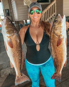 Fishing Girls, Sea Fishing, Gone Fishing, Saltwater Fishing, Instagram Models, Instagram Fashion, Special Of The Day, Fish Activities, Pensacola Beach