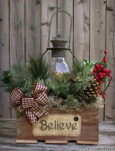 Country christmas decorations, christmas porch ideas, primitive christmas d Pine Cone Christmas Decorations, Christmas Porch, Farmhouse Christmas Decor, Easy Christmas Crafts, Primitive Christmas, Outdoor Christmas, Rustic Christmas, Simple Christmas, Holiday Decor