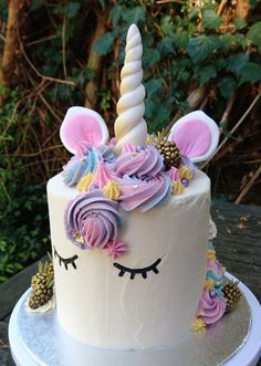 Unicorn cake by Heart of Cake London