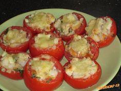Plněná pečená rajčata Bruschetta, Buffet, Eggs, Stuffed Peppers, Vegetables, Breakfast, Ethnic Recipes, Food, Recipes