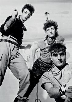 Soda Stereo Oficial on Soda Stereo, Rock And Roll, Marc Bolan, Britpop, James Mcavoy, White Aesthetic, Cultura Pop, Kinds Of Music, Hard Rock