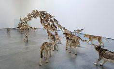 Los enjambres de 99 animales de Cai Guo-Qiang