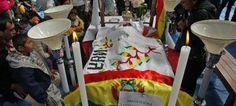 Los Indígenas de la Amazonía boliviana exigieron en La Paz la anulación definitiva de un proyecto vial por su territorio, en una nueva escalada de protestas contra el presidente Evo Morales, quien viajó a Argentina para asistir a las cumbres de la Unasur y del Mercosur.