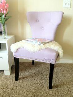 ThatsHeart: The Lavender Chair... La quiero <3