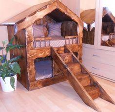 Luxusní domeček pro psy dvoupatrový, dřevěný.