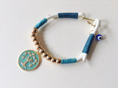 Women Kabbalah Bracelet, Leather bracelet, White Bracelet with turquoise wax linen cord and Gold Plated hook, tree of life pendant, Evil eye #hepteam #venezolanosenmiami