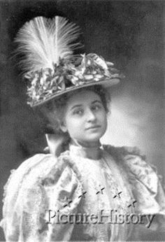 Jessie Harlan Lincoln (1875 - 1948) was the second daughter of Robert Todd Lincoln, the granddaughter of Abraham Lincoln, and the mother of Mary Lincoln Beckwith and Robert Todd Lincoln Beckwith, the last undisputed Lincoln descendant