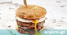 Burger με αυγό από την Αργυρώ Μπαρμπαρίγου | Σκέφτεστε τίποτα καλύτερο από ένα λαχταριστό μπέργκερ με αφράτο ψωμάκι, ζουμερό μπιφτέκι και τηγανητό αυγό;