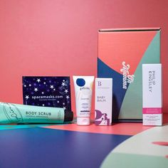 19 Of The Best Beauty Subscription Boxes To Deliver Skin, Hair And Makeup Products Right To Your Door | Grazia Best Beauty Subscription Boxes, Beauty Box Subscriptions, Baby Gift Box, Baby Gifts, Gifts For Mum, Gifts For Father, Best Beauty Boxes, Letterbox Gifts, New Mums
