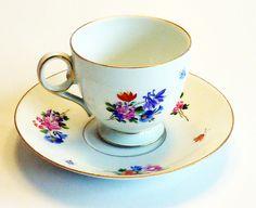 Schöne Kaffeetasse, Meissen, 1.Wahl, Blumendekor, Meissner Porzellan