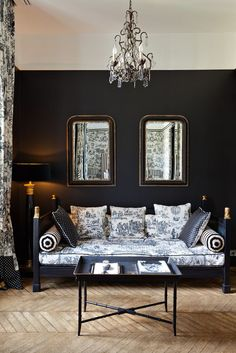 Midnight Blue and Toile Jolie Fabric ~ Mimosa Lane: The St. James Hotel in Paris Black And White Interior, White Interior Design, French Interior, Interior Office, Modern Interior, Black White, Dark Interiors, Colorful Interiors, Decoration Baroque