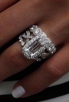 Incredibly Beautiful Diamond Engagement Rings See more: #engagementring #proposal #EngagementRings