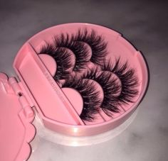 False Magnetic Eyelashes Reusable Fake Eyelashes ,Best Fake eye Lashes Extensions No false eyelashes glue Ultra-thin Fiber for Natural Look 1 Pairs 4 Pieces - Cute Makeup Guide Makeup Goals, Makeup Inspo, Makeup Inspiration, Makeup Tips, Beauty Makeup, Makeup Products, Face Products, Glam Makeup, Beauty Products